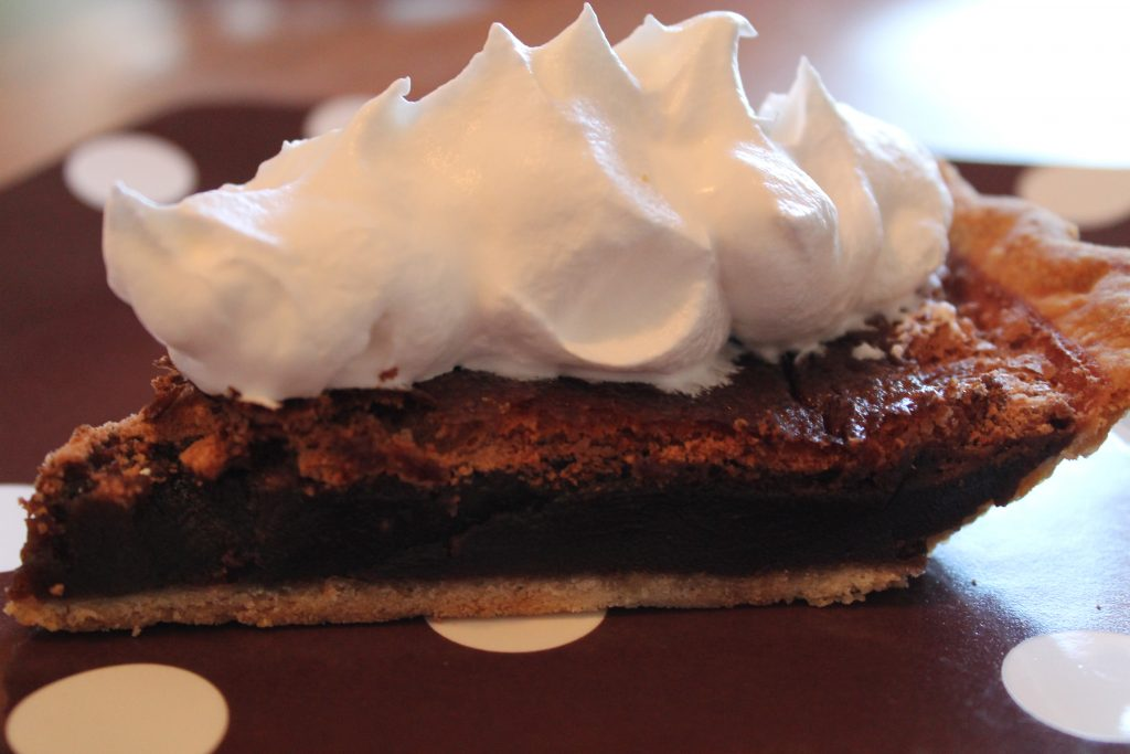 Paula Deen's Old Fashioned Fudge Pie